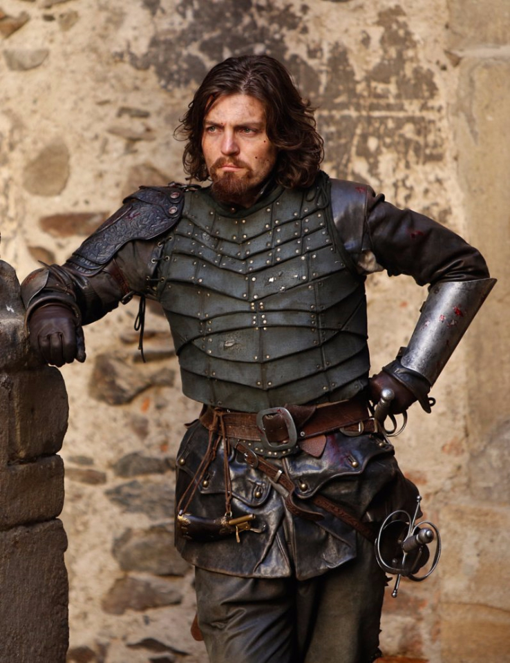 Tom Burke in the 'War' look for Athos