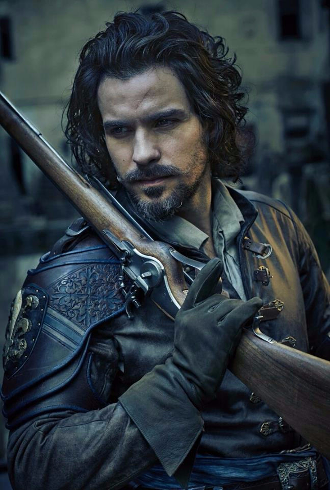 Santiago Cabrera as 'Aramis' in the new look for series 3